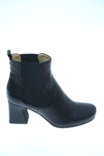 AUDLEY Ankle boot